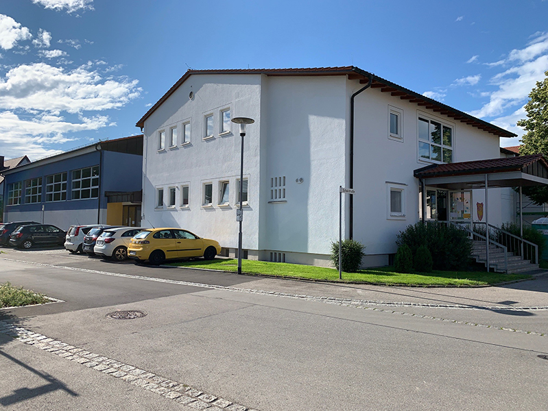 Foto der Von-Imhof-Grundschule in Klosterlechfeld.