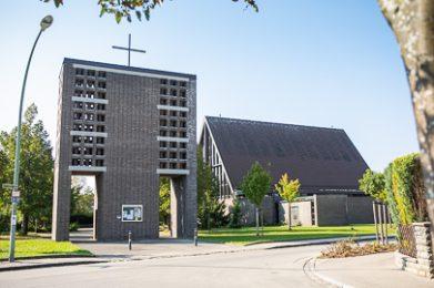Die Kirche St. martin in Lagerlechfeld.