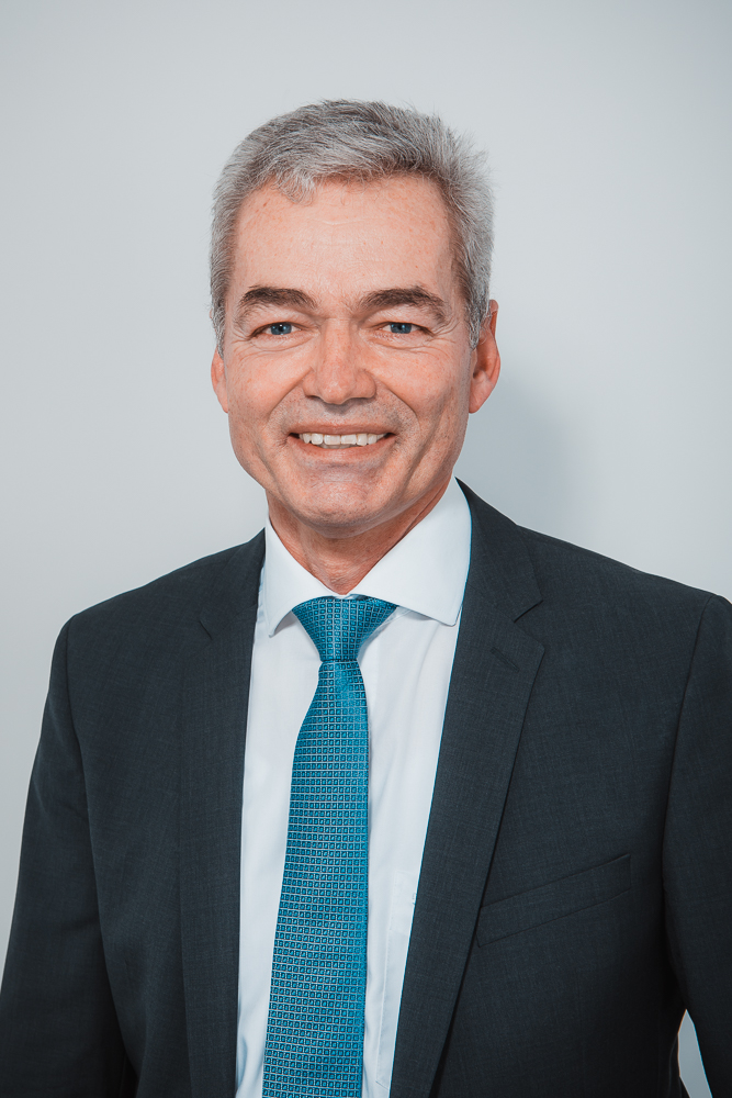 Portrait von Erwin Losert, Bürgermeister der Gemeinde Obermeitingen.