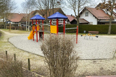 Der Spielplatz Bahnhofstraße in Klosterlechfeld.
